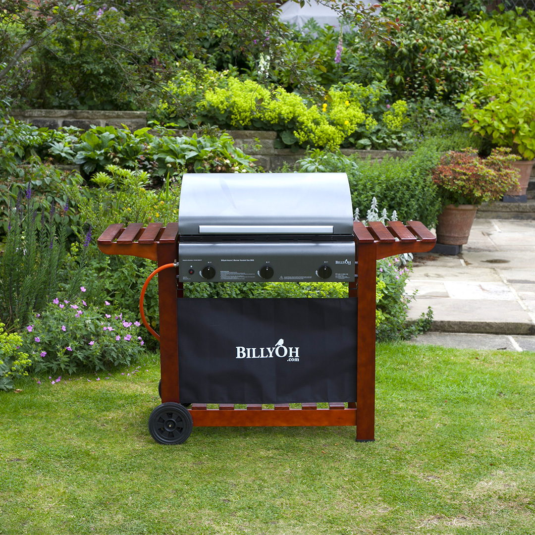 BillyOh 3 Burner Hooded Acorn Hooded Gas BBQ