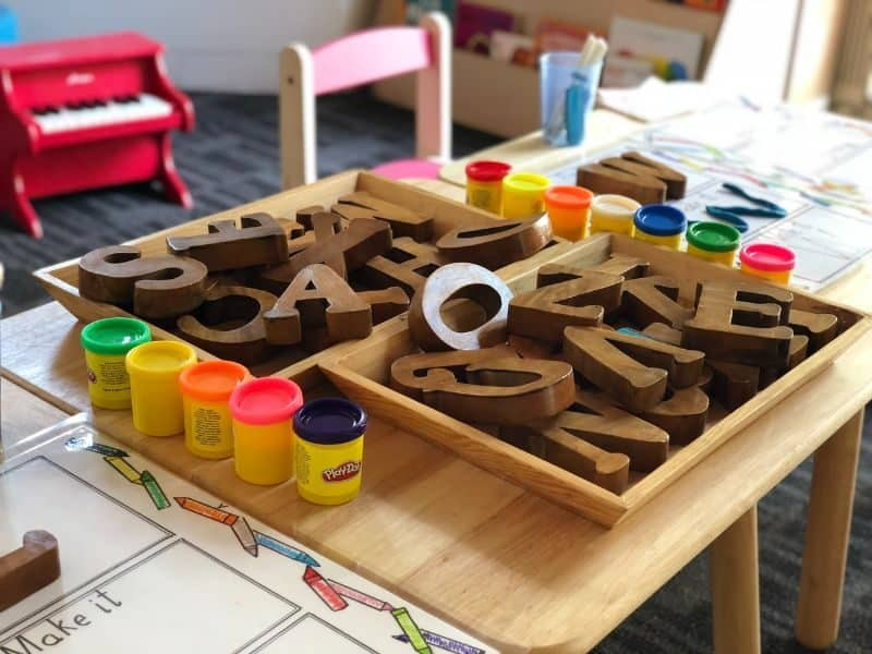 100-cabin-transformation-ideas-12-kids-playhouse