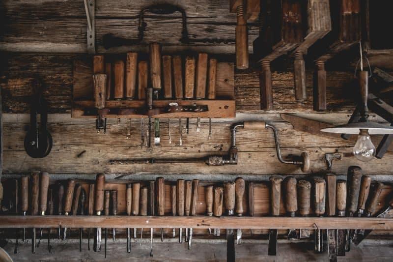 100-cabin-transformation-ideas-49-farm-tool-storage