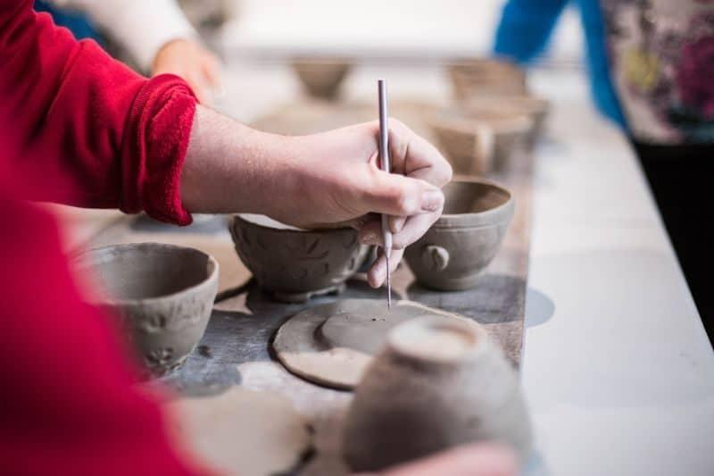 100-cabin-transformation-ideas-87-pottery-studio