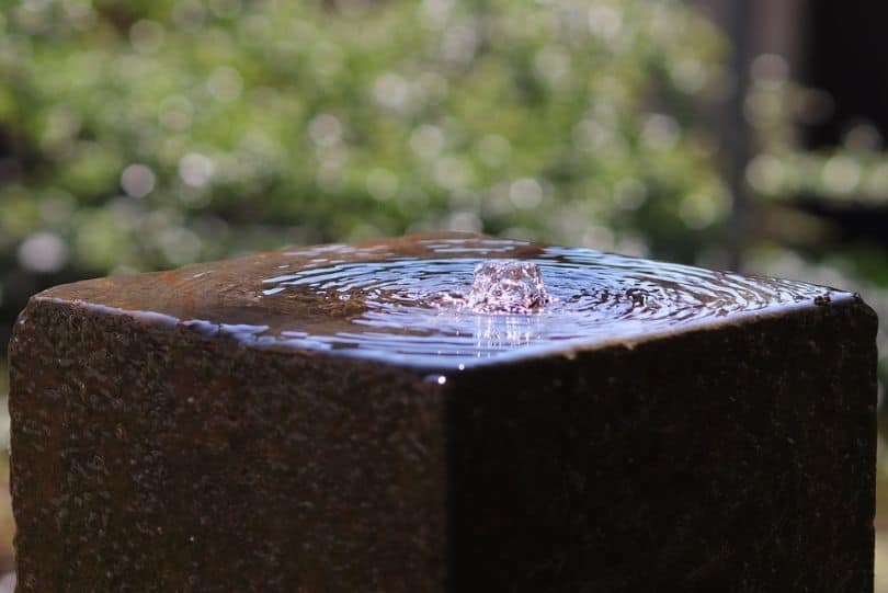 5-reasons-to-get-water-feature-fountains-3-easy-to-maintain