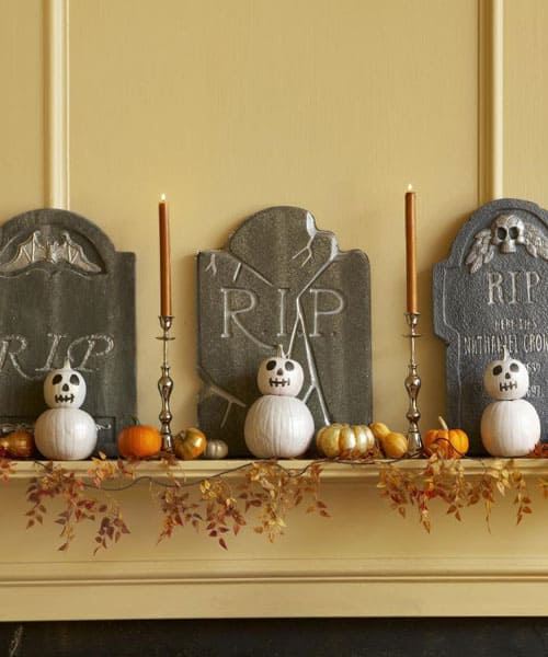 5500159ddc661 gravestone decorations 1010 s3 How to decorate your playhouse for Halloween