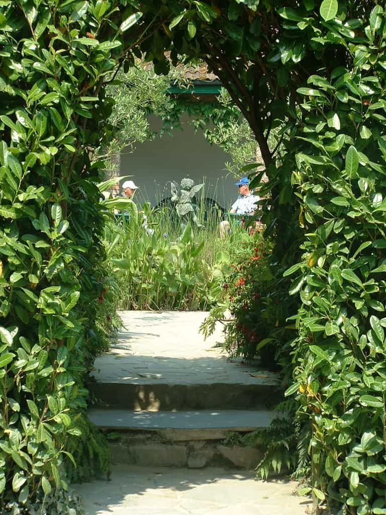 Arch to Italian GardenLT Britain's Haunted Gardens: The Lost Gardens of Heligan