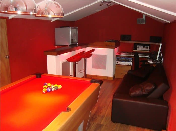 Games room pool 12 Creative Ways To Use A Shed