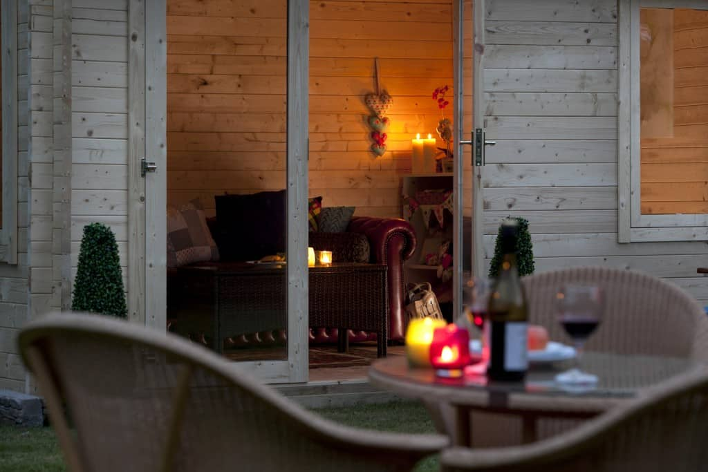 5 BIG BENEFITS OF GARDEN LOG CABINS
