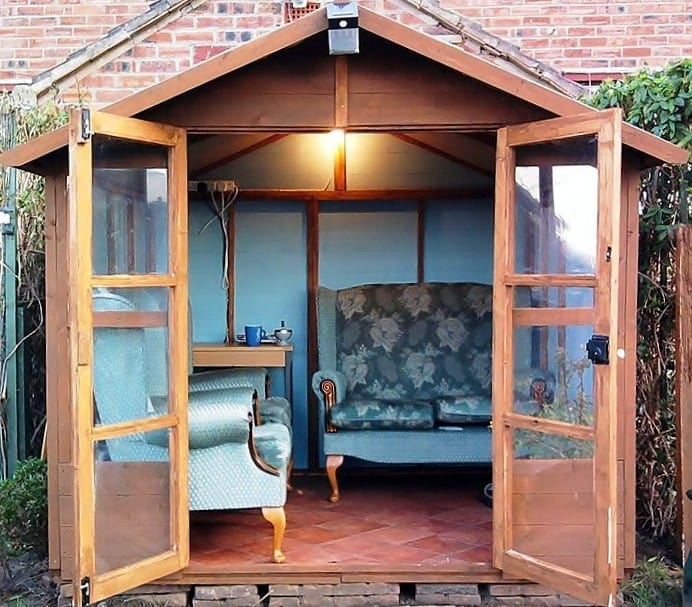 Ray Harper 692x607 The Top 15 Garden Shed Interiors You Need To See!