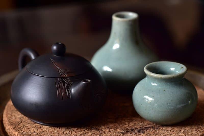 alternatives-to-plant-pots-3-tea-pot