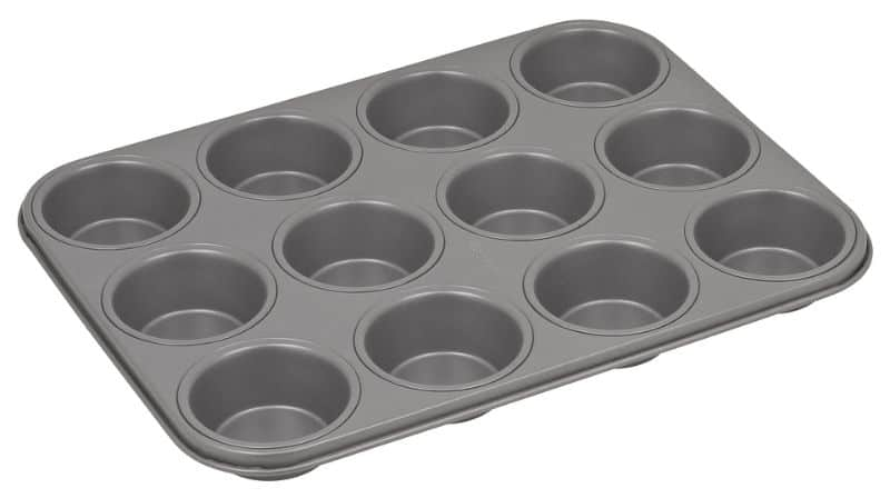 alternatives-to-plant-pots-4-muffin-tins