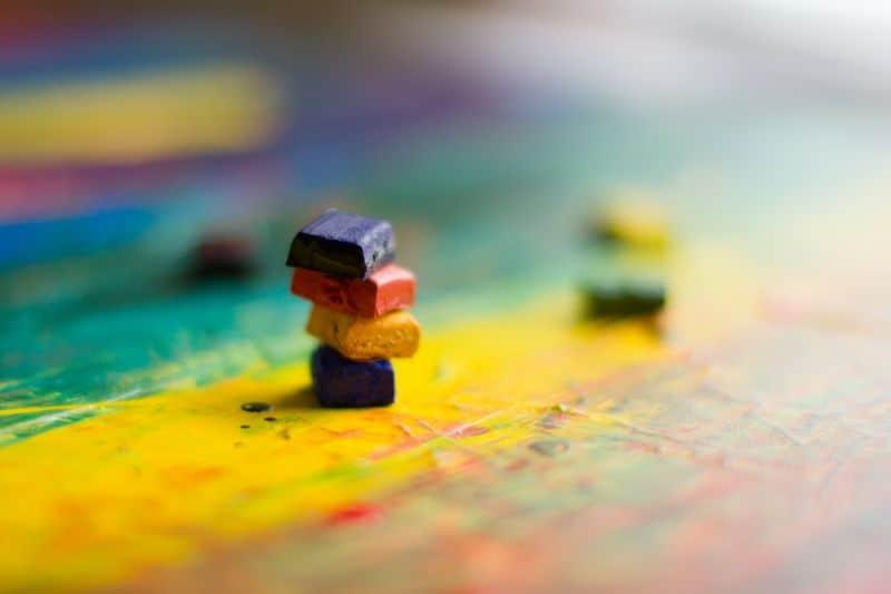 best-kids-outdoor-activities-5-sun-melted-crayons