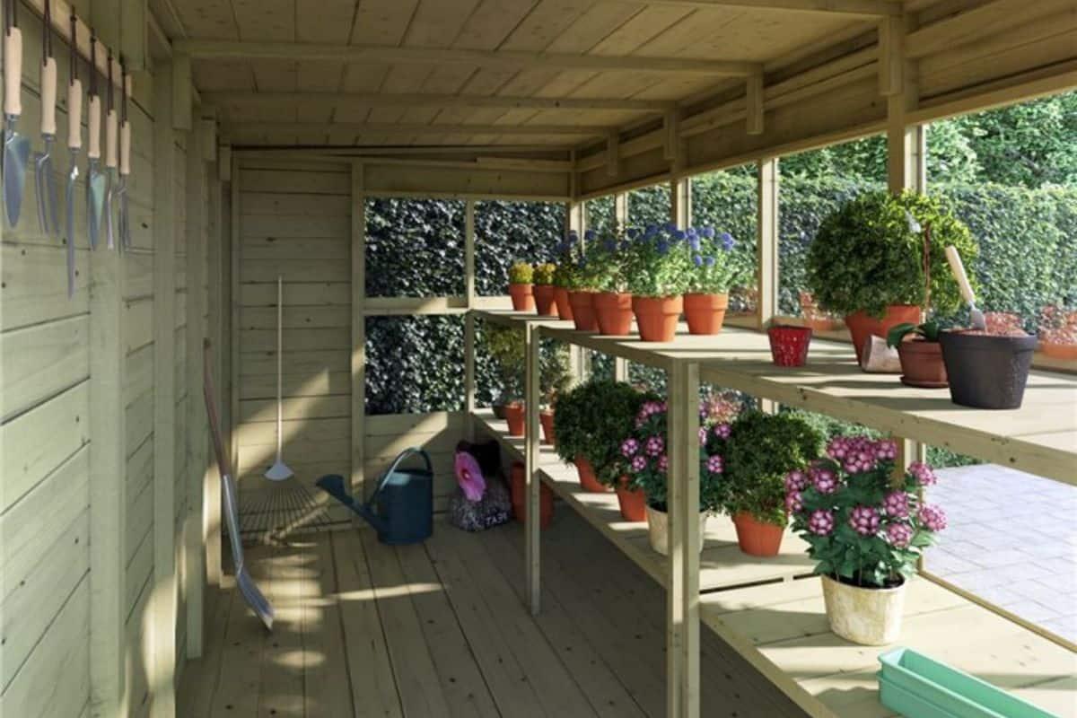 planthouse potting shed