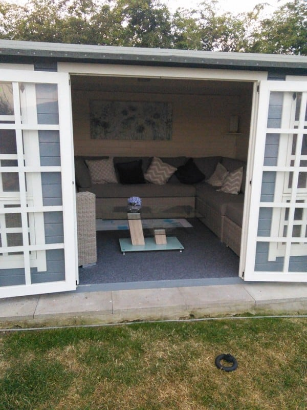 corner sofa suite rachel thomas e1459759472569 The Top 15 Garden Shed Interiors You Need To See!