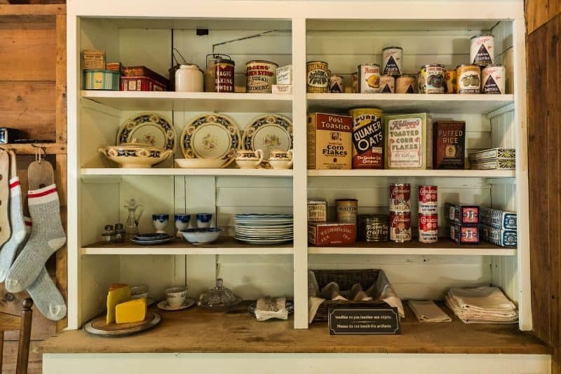 dont-store-these-in-shed-1-food-and-drinks
