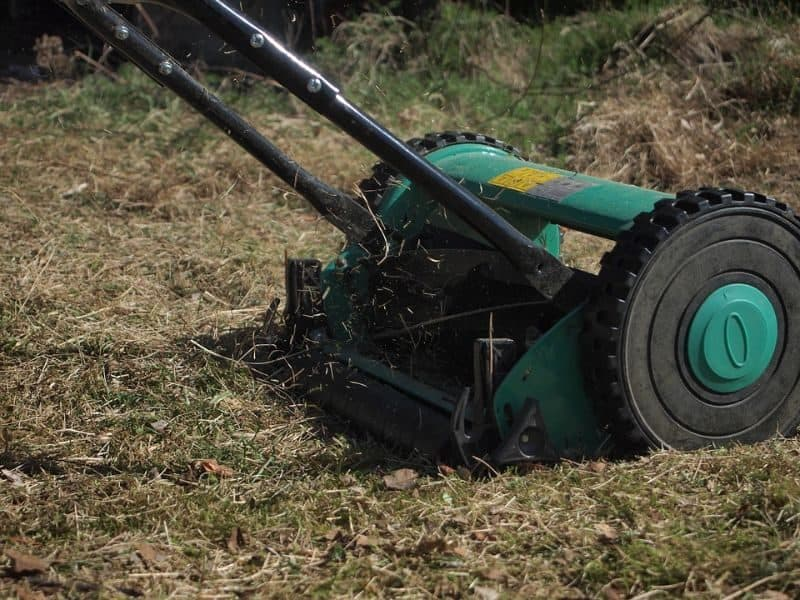 garden-lawn-care-tips-59-maintain-your-machine
