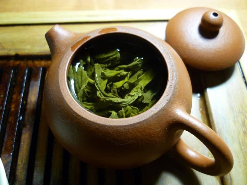 household-items-improve-garden-5-green-tea