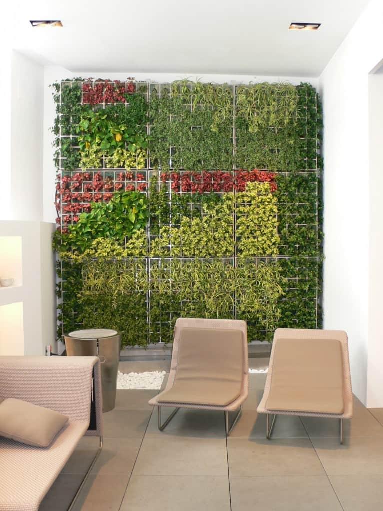 lifewall solo 1 5 Amazing Vertical Gardens