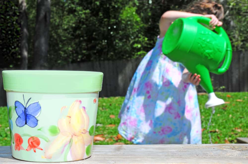 How To Decorate A Plant Pot With The Kids