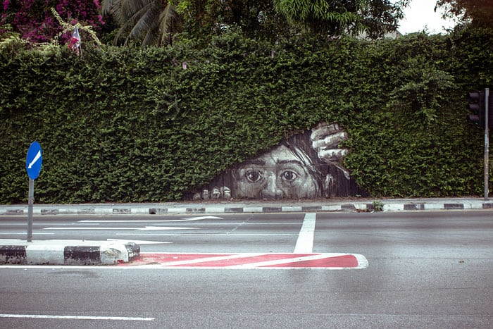 street art interacts with nature 28 19 Jaw Dropping Examples of Garden Street Art