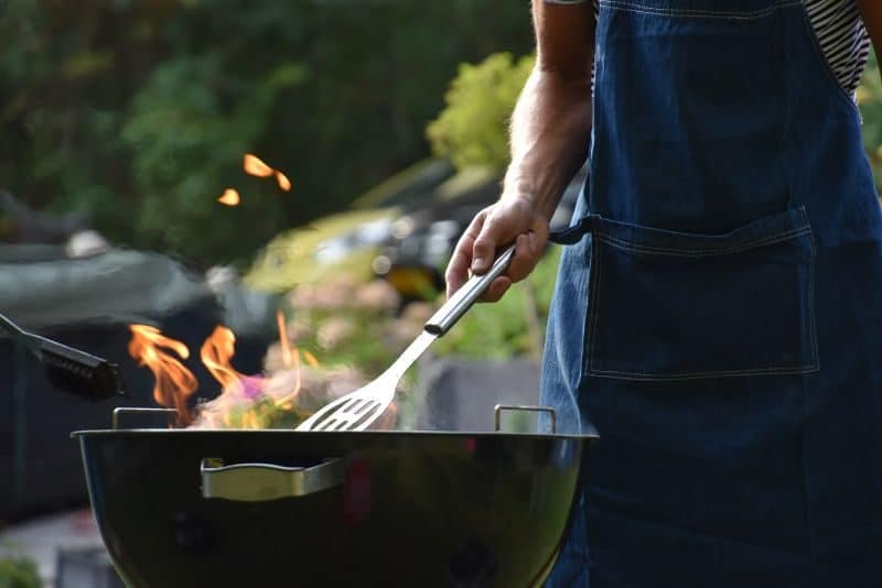 ultimate-bbq-party-ideas-30-consider-your-bbq-apparel