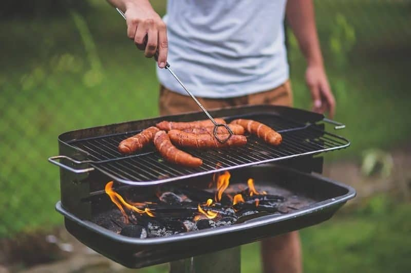 ultimate-bbq-party-ideas-42-get-the-best-grilling-tool