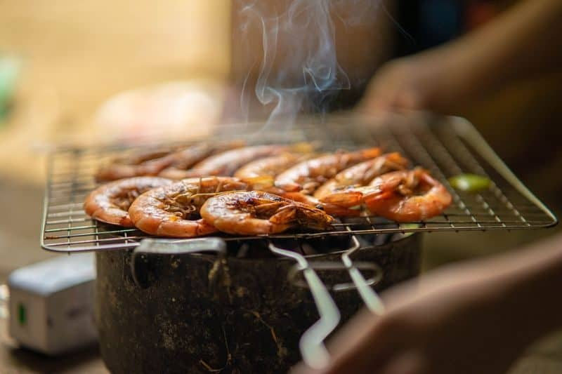 ultimate-bbq-party-ideas-64-dont-forget-the-grilled-shrimp