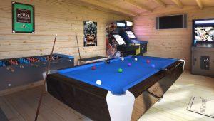 log-cabin-games-room-ideas-